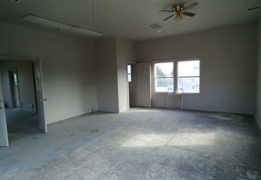 Interior of 14025 River Road